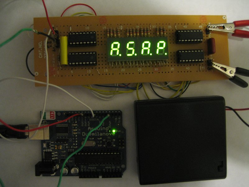 Arduino: cascading shift registers to drive 7-segment