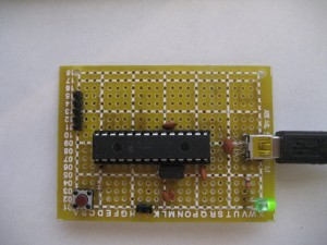 Pinguino Board with ICSP Header