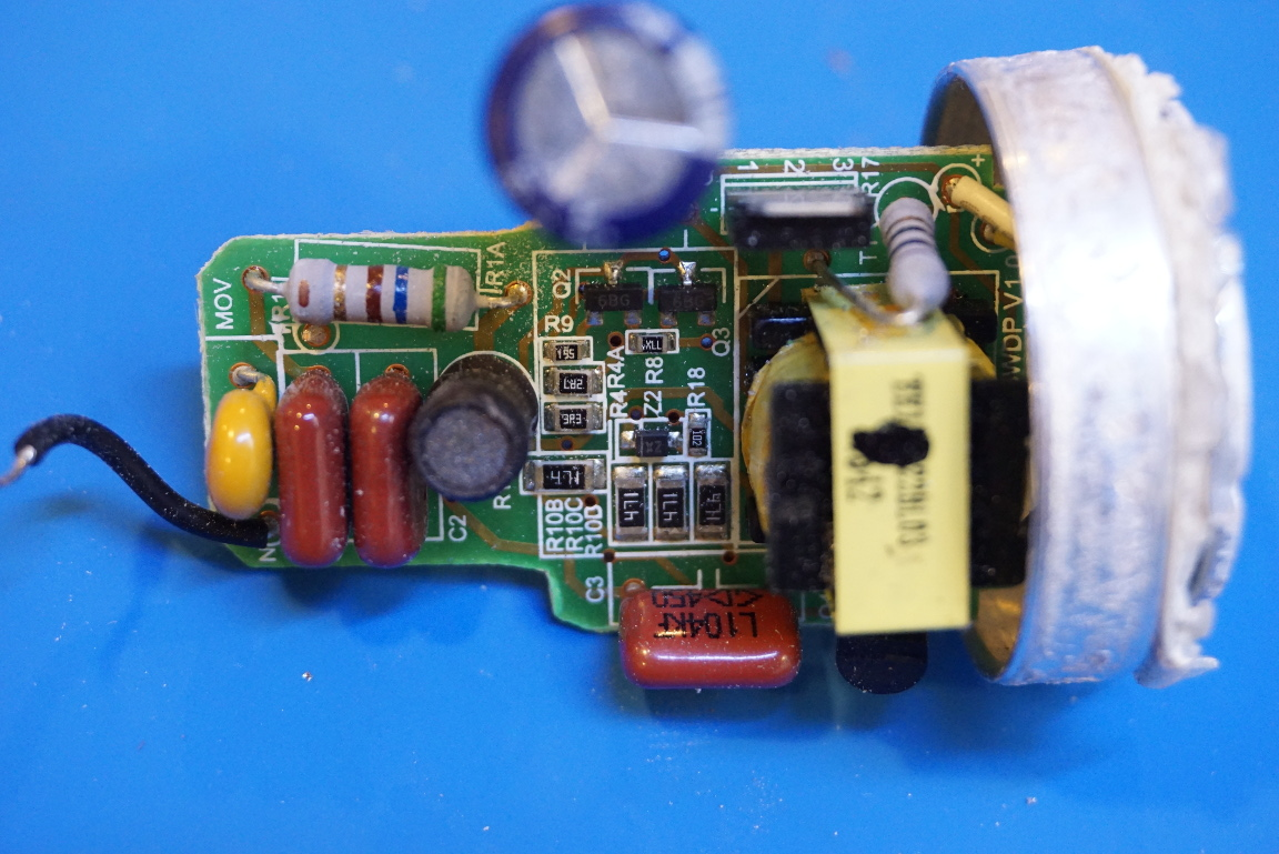 Kerry D  Wong » Blog Archive » Teardown of a Philips