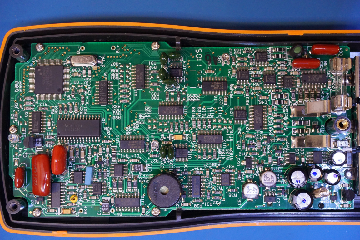Kerry D Wong Blog Archive Agilent U1731b Lcr Meter Teardown Lc Based On Pic16f84a The First Thing That Strikes Me Is How Densely Populated Pcb It Not Contains Any Large Pin Count Vlsi Chips Sheer